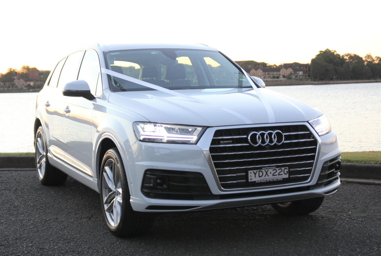 white audi q7 hire hire audi suvs for special occasions audi q7 for weddings in sydney. Black Bedroom Furniture Sets. Home Design Ideas