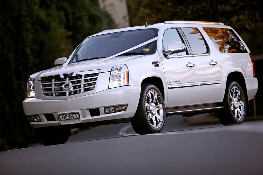 White Cadillac Escalade Hire Hire Cadillacs For Special Occasions