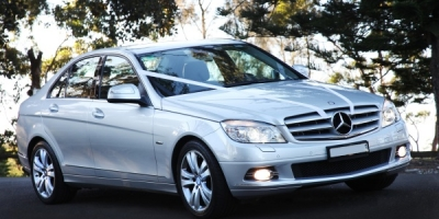 silver-mercedes-wedding-sedan-hire-11-lge