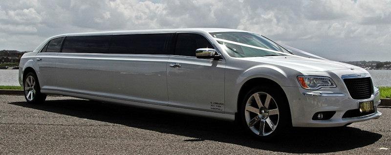 see our impressive limousine fleet mercedes audi. Black Bedroom Furniture Sets. Home Design Ideas