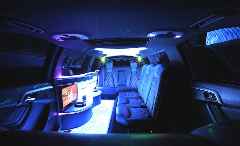 Mercedes-S-Class-Limousine-220-interior